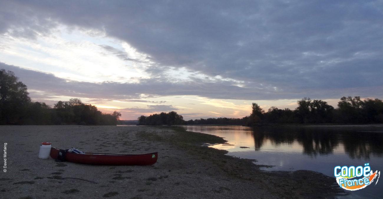 Randonnée canoe en bivouac, camping ou hotel